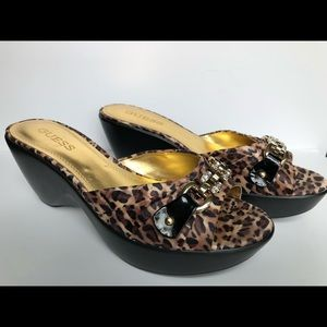 Guess Womens Wedge Leopard Rhinestone Shoes 9M